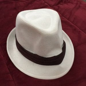 White Fedora Hat with Maroon Ribbon (Size S/M)